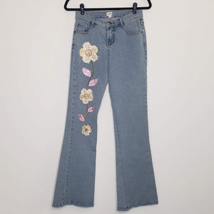 Cache embroidered light wash flare jeans 32 inseam